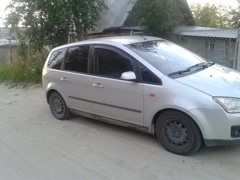 Подержанный Ford C-Max, хорошее состояние, серебряный , 2004 года выпуска, цена 240 000 руб. в ао. Ханты-Мансийском Автономном округе - Югре