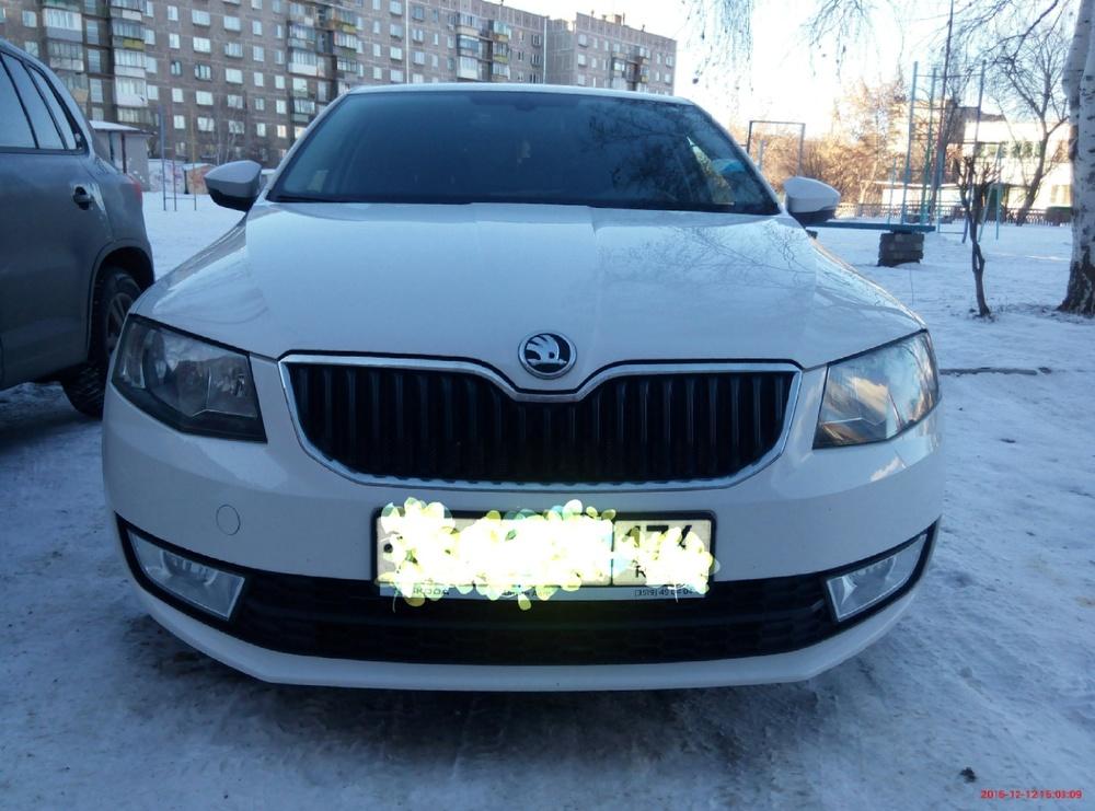 Подержанный Skoda Octavia, отличное состояние, белый , 2013 года выпуска, цена 770 000 руб. в Челябинской области