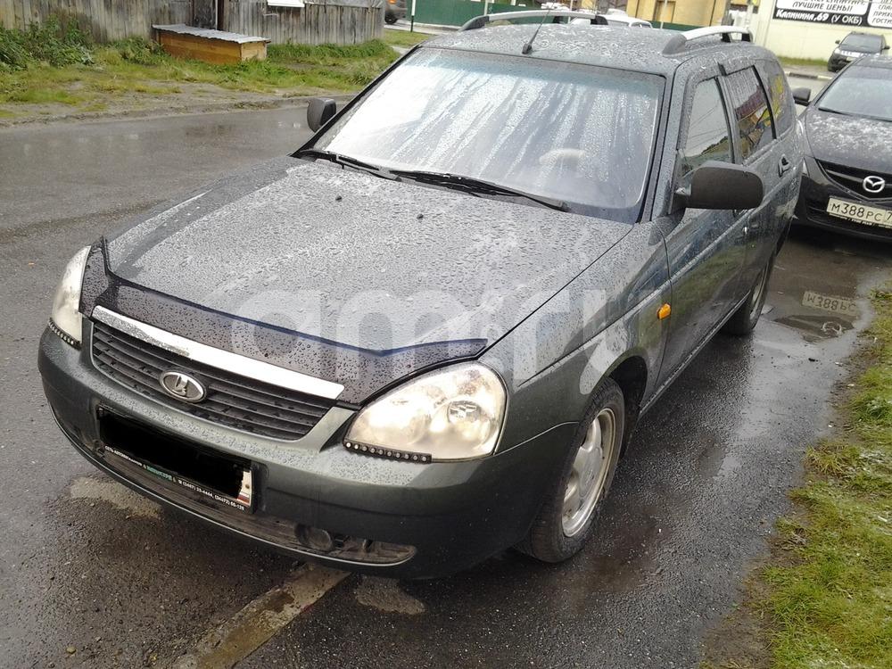 Подержанный ВАЗ (Lada) Priora, хорошее состояние, зеленый металлик, 2010 года выпуска, цена 210 000 руб. в ао. Ханты-Мансийском Автономном округе - Югре