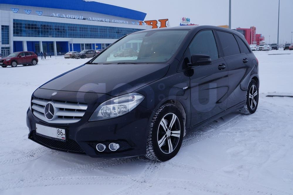 Подержанный Mercedes-Benz B-Класс, отличное состояние, черный , 2012 года выпуска, цена 880 000 руб. в ао. Ханты-Мансийском Автономном округе - Югре