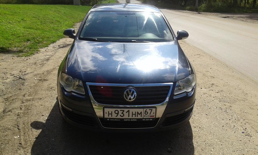 Подержанный Volkswagen Passat, хорошее состояние, синий , 2006 года выпуска, цена 399 000 руб. в Смоленской области