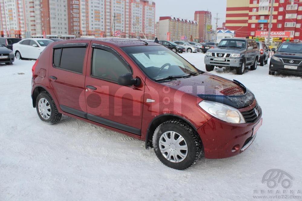 Renault Sandero с пробегом, красный , отличное состояние, 2010 года выпуска, цена 340 000 руб. в автосалоне  ()