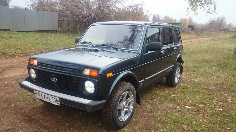 Подержанный ВАЗ (Lada) 4x4, отличное состояние, мокрый асфальт металлик, 2012 года выпуска, цена 290 000 руб. в республике Татарстане