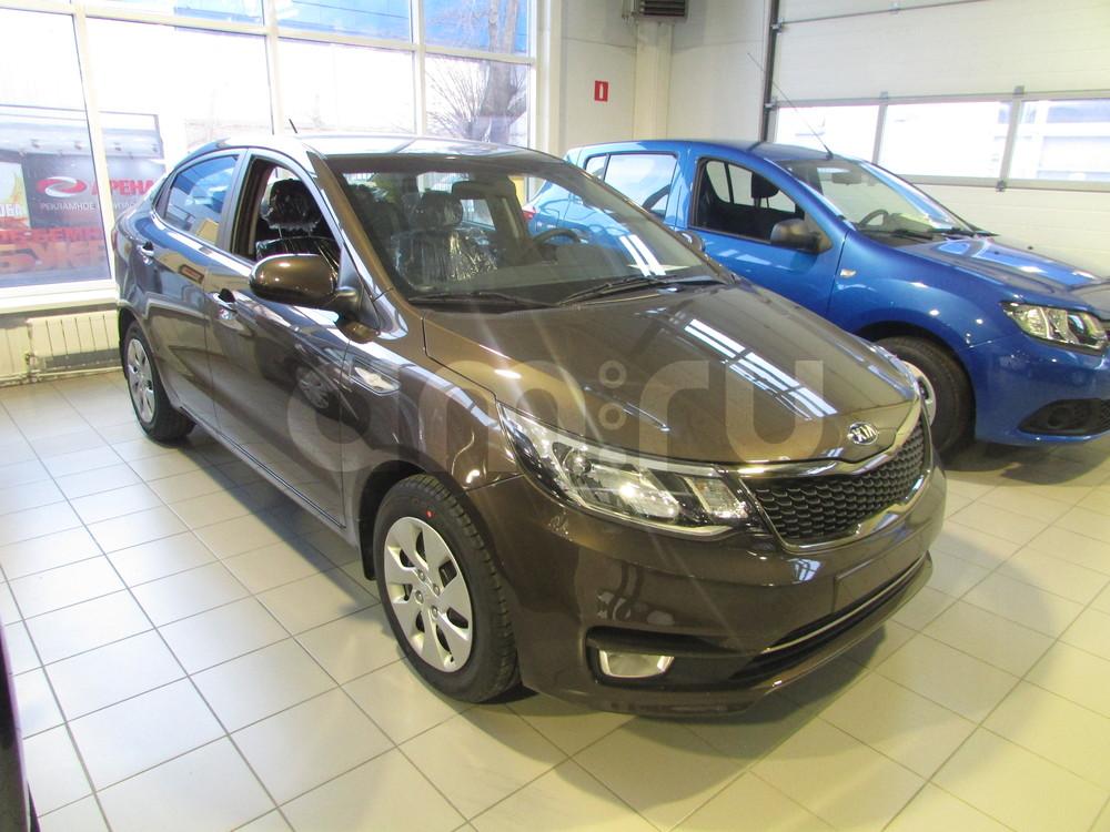 Kia Rio с пробегом, коричневый , отличное состояние, 2015 года выпуска, цена 638 000 руб. в автосалоне  ()