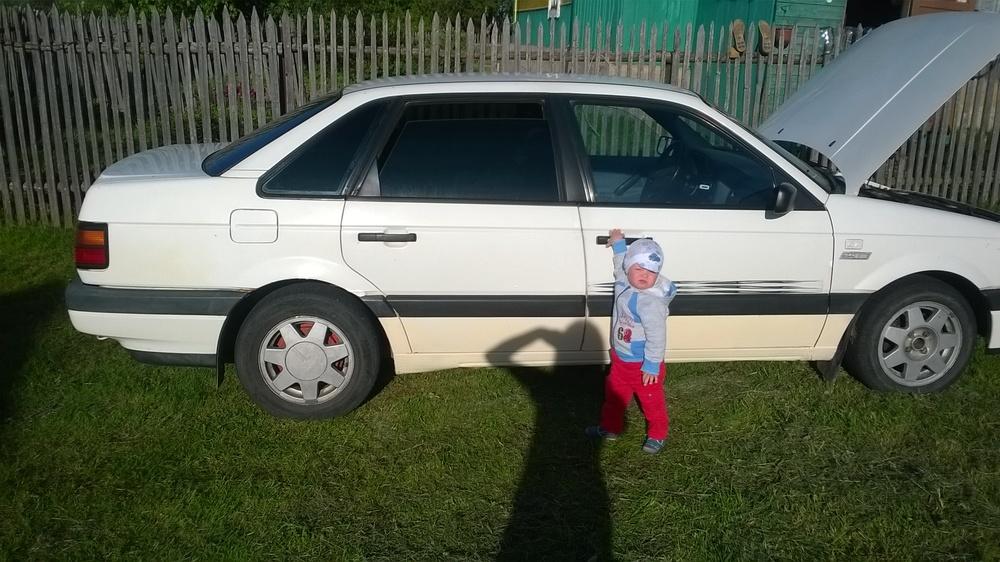 Подержанный Volkswagen Passat, среднее состояние, белый , 1988 года выпуска, цена 60 000 руб. в Смоленской области