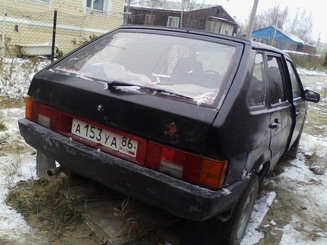 Подержанный ВАЗ (Lada) 2109, среднее состояние, черный , 1995 года выпуска, цена 22 000 руб. в ао. Ханты-Мансийском Автономном округе - Югре