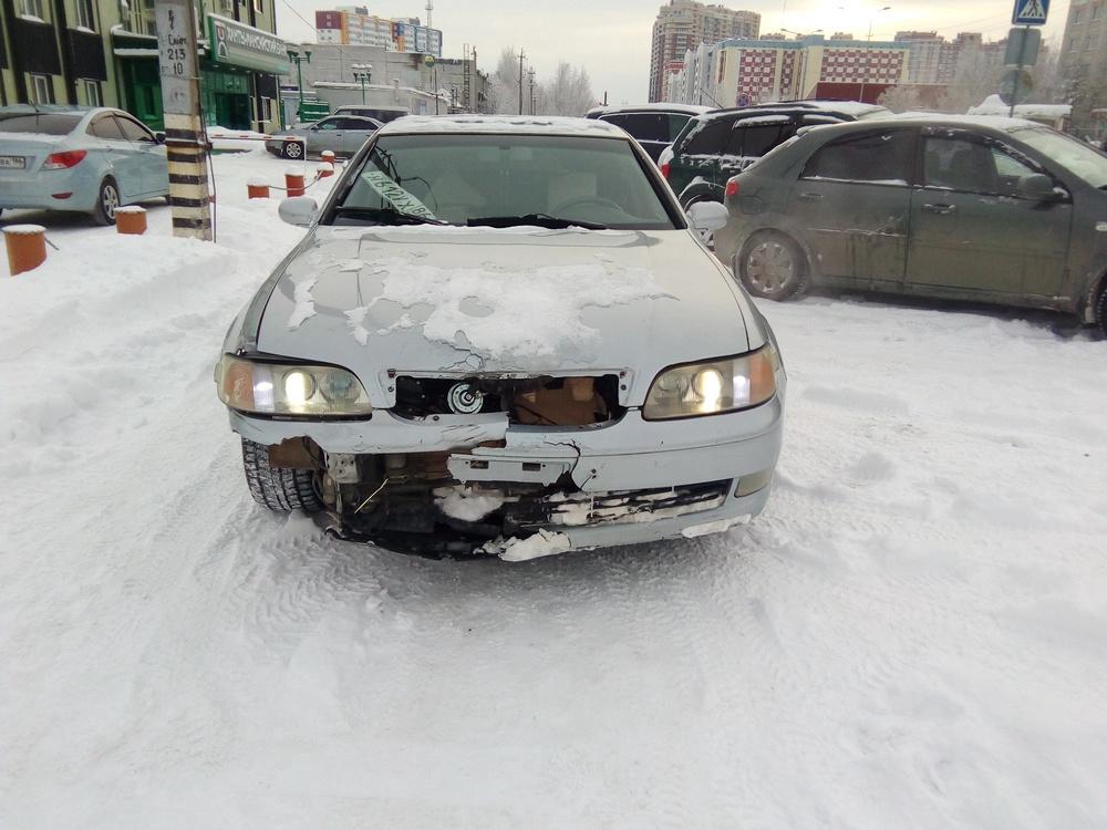Подержанный Lexus GS, битый состояние, белый , 1994 года выпуска, цена 160 000 руб. в ао. Ханты-Мансийском Автономном округе - Югре