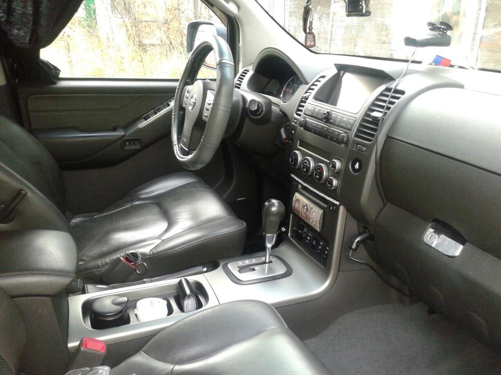 Подержанный Nissan Pathfinder, отличное состояние, черный , 2007 года выпуска, цена 990 000 руб. в ао. Ханты-Мансийском Автономном округе - Югре