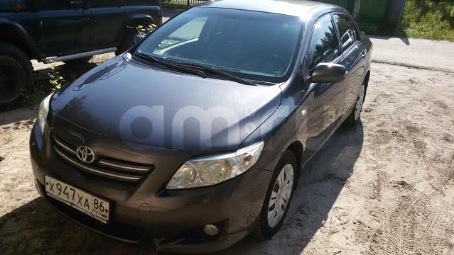 Подержанный Toyota Corolla, хорошее состояние, мокрый асфальт , 2008 года выпуска, цена 400 000 руб. в ао. Ханты-Мансийском Автономном округе - Югре