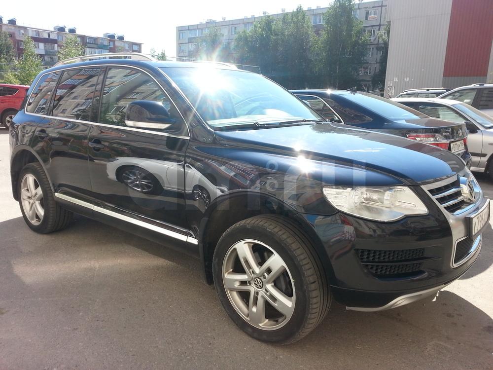 Подержанный Volkswagen Touareg, хорошее состояние, черный , 2007 года выпуска, цена 900 000 руб. в ао. Ханты-Мансийском Автономном округе - Югре