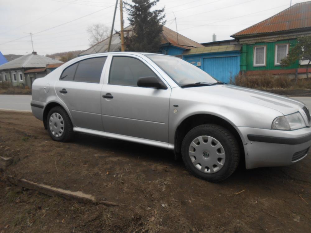 Подержанный Skoda Octavia, отличное состояние, серебряный металлик, 2003 года выпуска, цена 225 000 руб. в Челябинской области