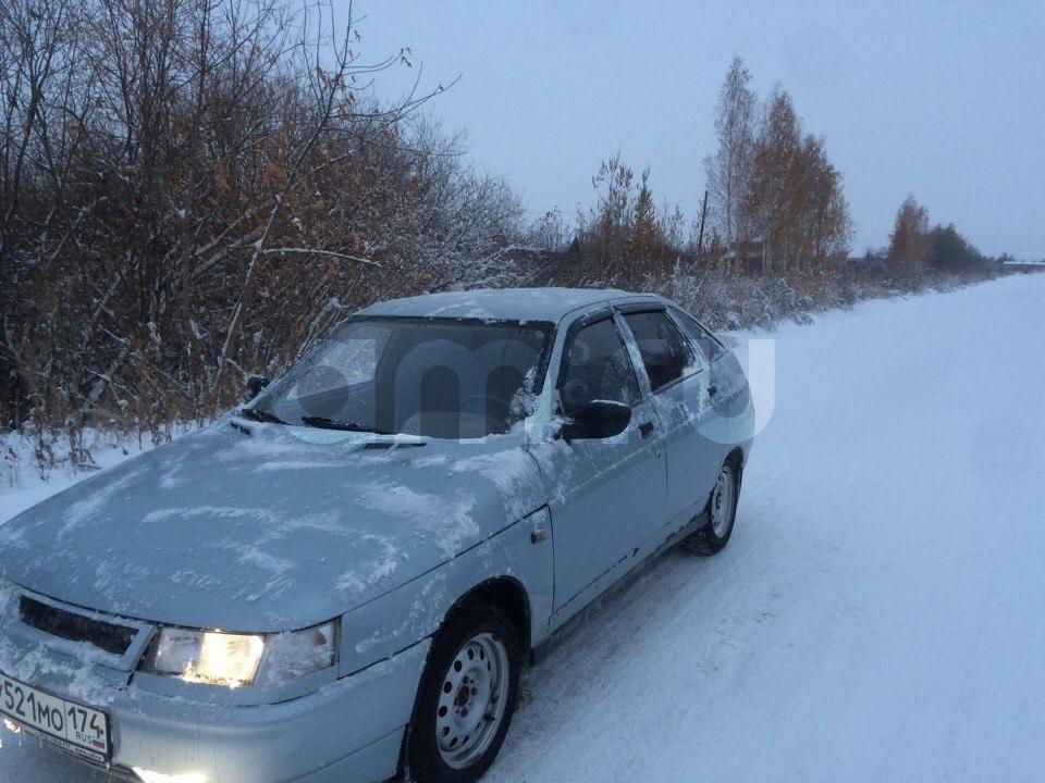 Подержанный ВАЗ (Lada) 2112, хорошее состояние, серебряный , 2002 года выпуска, цена 85 000 руб. в Челябинской области