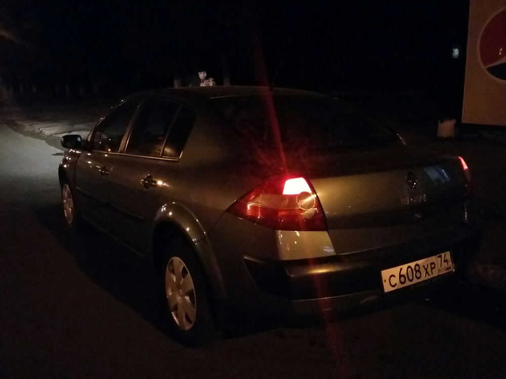 Подержанный Renault Megane, хорошее состояние, зеленый , 2004 года выпуска, цена 195 000 руб. в Челябинской области