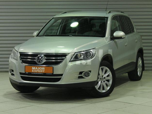 Volkswagen Tiguan с пробегом, бежевый , отличное состояние, 2010 года выпуска, цена 805 000 руб. в автосалоне  ()