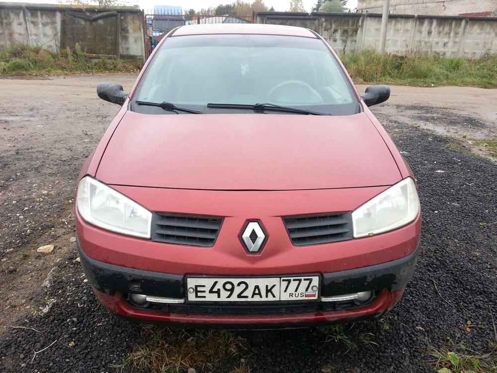 Подержанный Renault Megane, отличное состояние, красный металлик, 2005 года выпуска, цена 210 000 руб. в Смоленской области