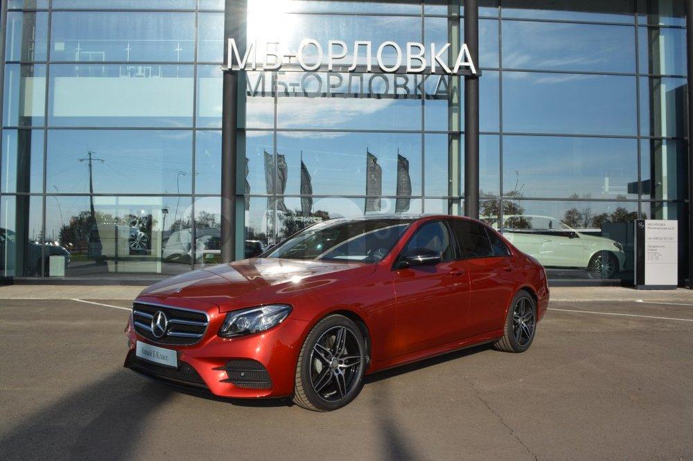 Новый авто Mercedes-Benz E-Класс, красный металлик, 2016 года выпуска, цена 3 635 000 руб. в автосалоне МБ-Орловка (Набережные Челны, тракт Мензелинский, д. 24)