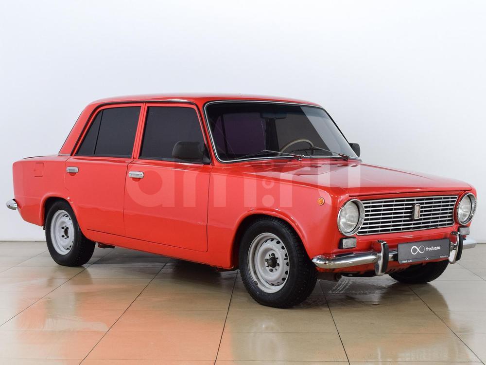 ВАЗ (Lada) 2101 с пробегом, красный , отличное состояние, 1975 года выпуска, цена 65 000 руб. в автосалоне  ()