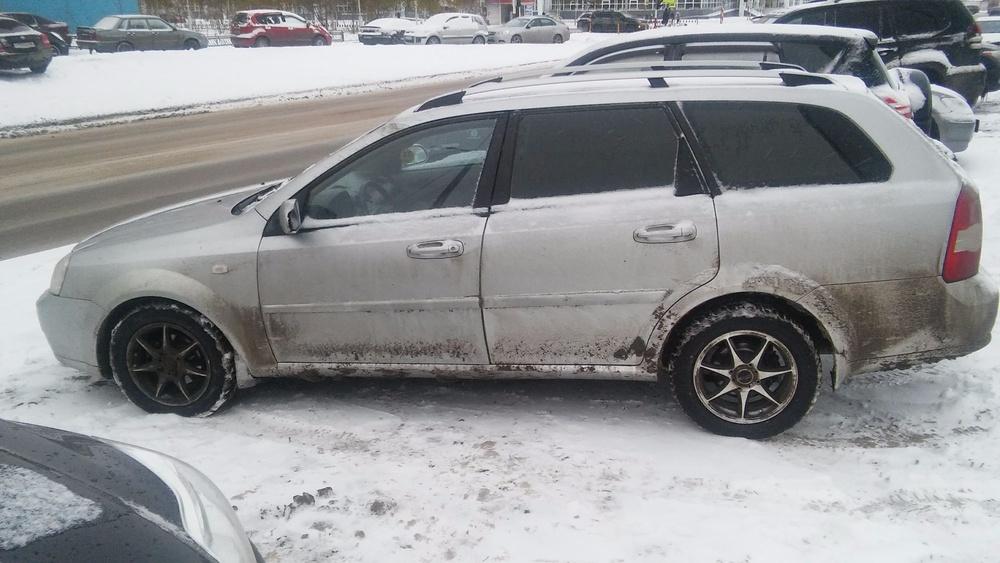 Подержанный Chevrolet Lacetti, среднее состояние, серебряный , 2007 года выпуска, цена 250 000 руб. в ао. Ханты-Мансийском Автономном округе - Югре