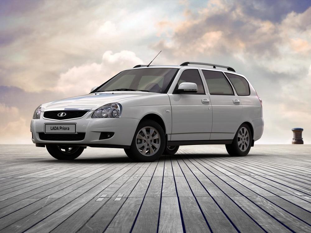 Подержанный ВАЗ (Lada) Priora, хорошее состояние, белый , 2010 года выпуска, цена 185 000 руб. в ао. Ханты-Мансийском Автономном округе - Югре