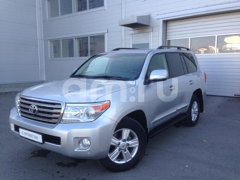 Toyota Land Cruiser с пробегом, серебряный , отличное состояние, 2012 года выпуска, цена 2 690 000 руб. в автосалоне  ()
