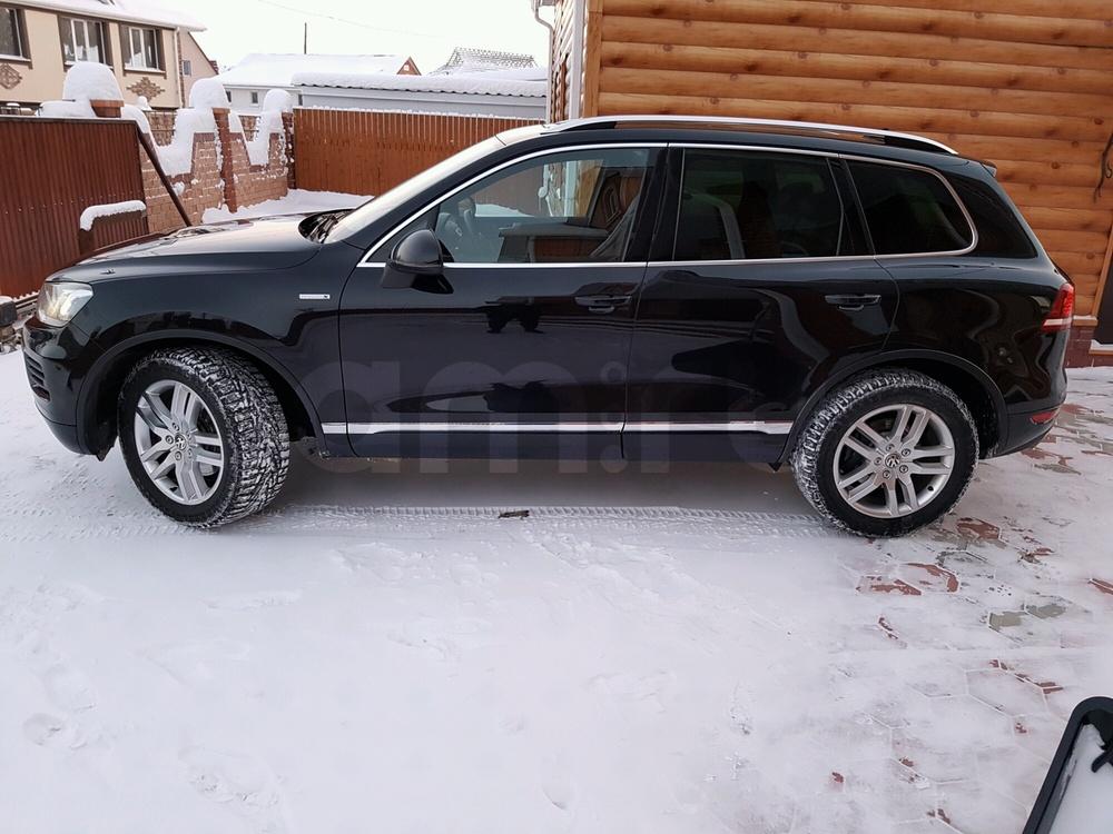 Подержанный Volkswagen Touareg, отличное состояние, черный металлик, 2014 года выпуска, цена 2 300 000 руб. в ао. Ханты-Мансийском Автономном округе - Югре