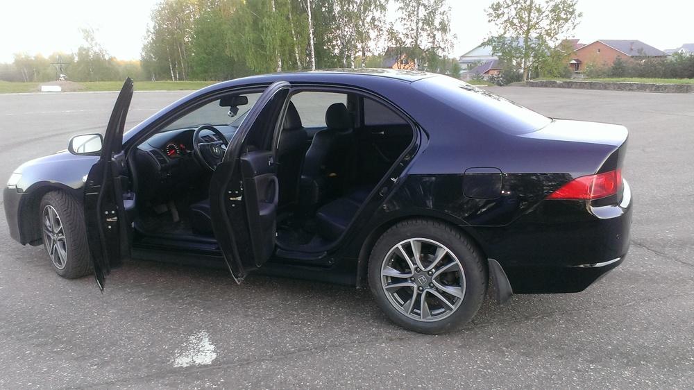 Подержанный Honda Accord, хорошее состояние, черный , 2007 года выпуска, цена 500 000 руб. в Смоленской области