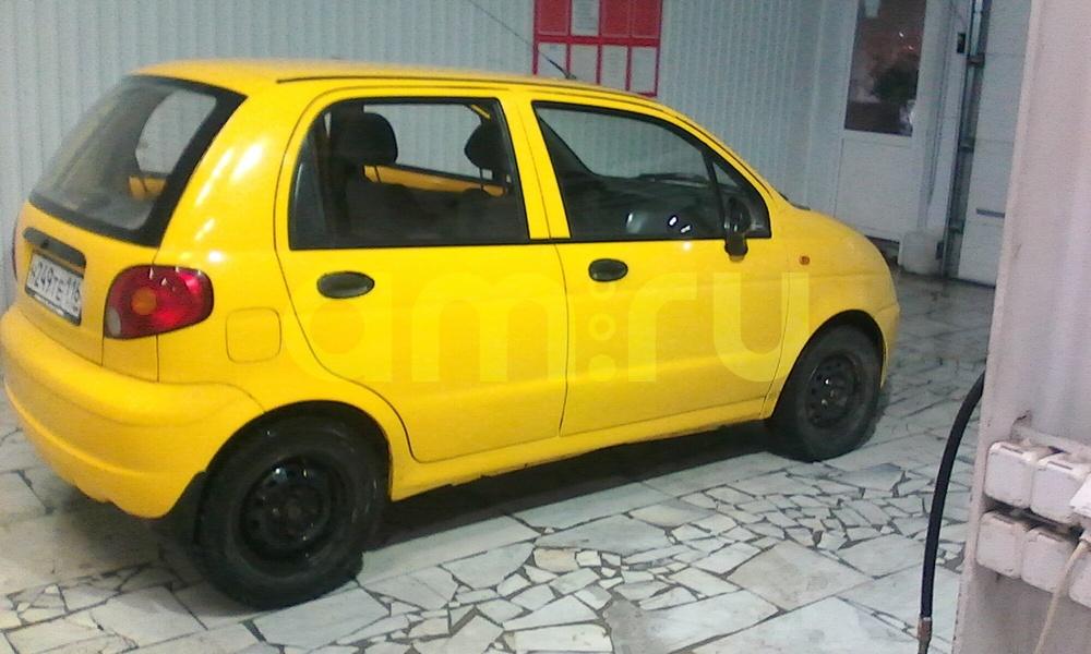 Подержанный Daewoo Matiz, хорошее состояние, желтый , 2005 года выпуска, цена 75 000 руб. в республике Татарстане