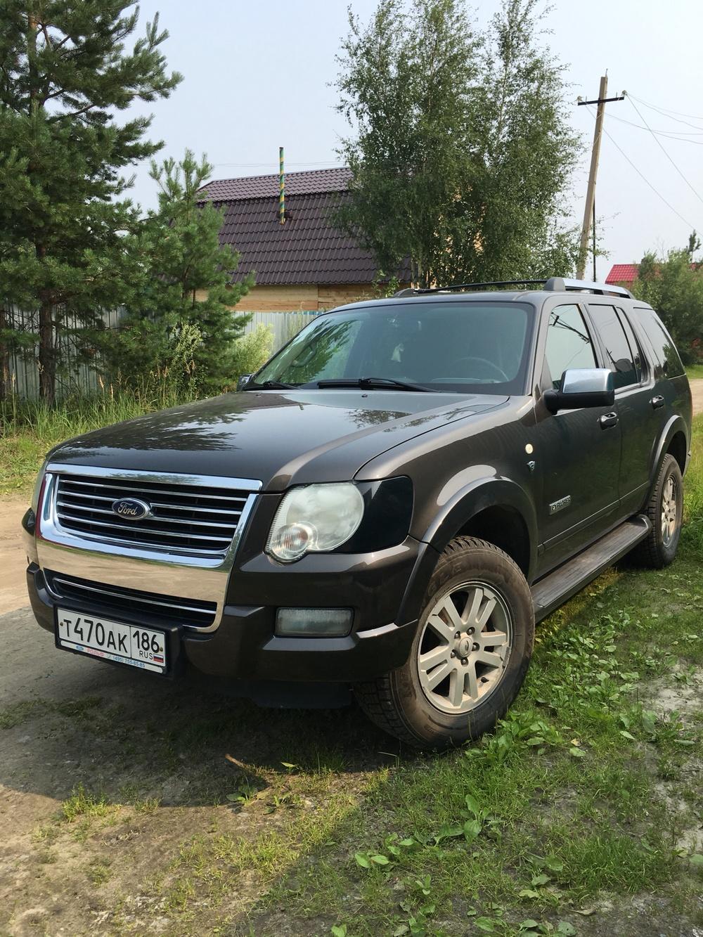 Подержанный Ford Explorer, хорошее состояние, зеленый , 2007 года выпуска, цена 750 000 руб. в ао. Ханты-Мансийском Автономном округе - Югре