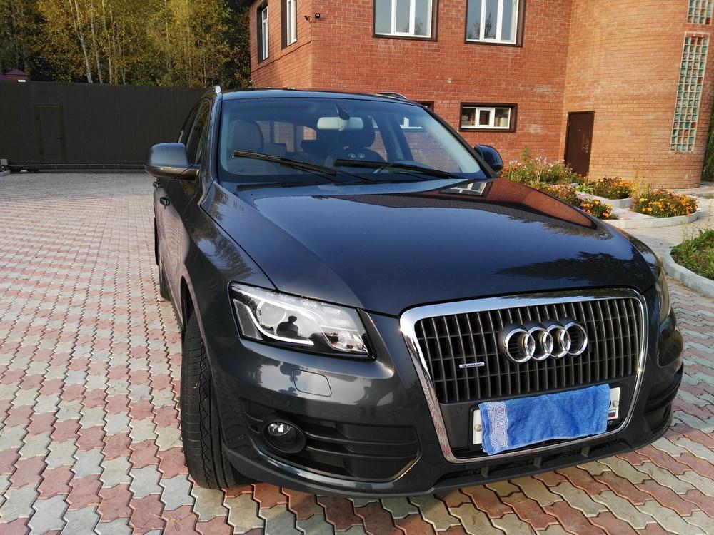 Подержанный Audi Q5, отличное состояние, серый перламутр, 2011 года выпуска, цена 1 250 000 руб. в ао. Ханты-Мансийском Автономном округе - Югре