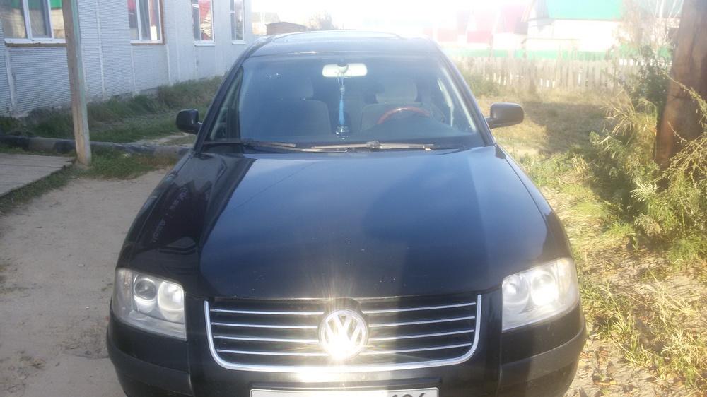 Подержанный Volkswagen Passat, хорошее состояние, черный , 2003 года выпуска, цена 275 000 руб. в ао. Ханты-Мансийском Автономном округе - Югре