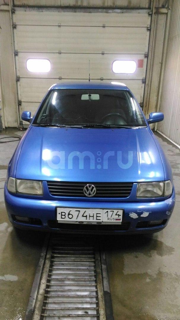 Подержанный Volkswagen Polo, хорошее состояние, синий , 2001 года выпуска, цена 165 000 руб. в Челябинской области