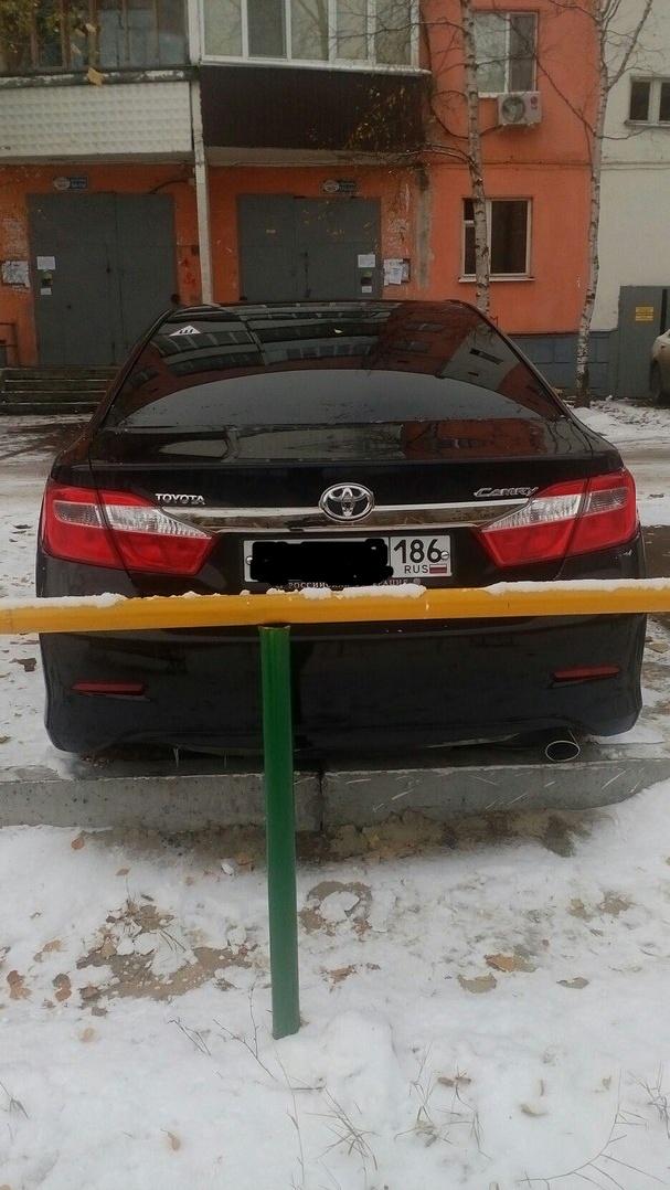 Подержанный Toyota Camry, отличное состояние, черный металлик, 2013 года выпуска, цена 1 150 000 руб. в ао. Ханты-Мансийском Автономном округе - Югре