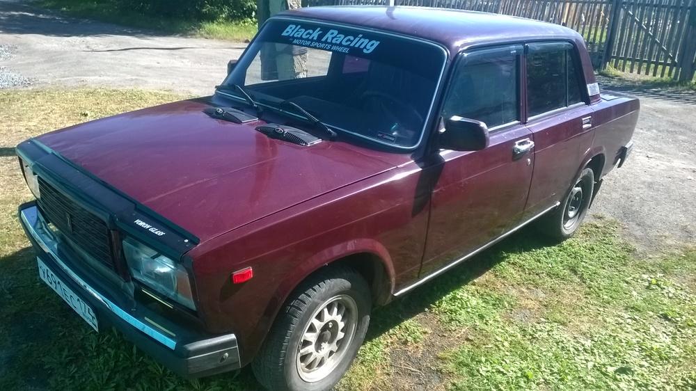 Подержанный ВАЗ (Lada) 2107, хорошее состояние, пурпурный , 2006 года выпуска, цена 55 000 руб. в Челябинской области