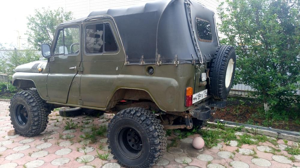 Подержанный УАЗ 3151, отличное состояние, зеленый , 1996 года выпуска, цена 270 000 руб. в Челябинской области