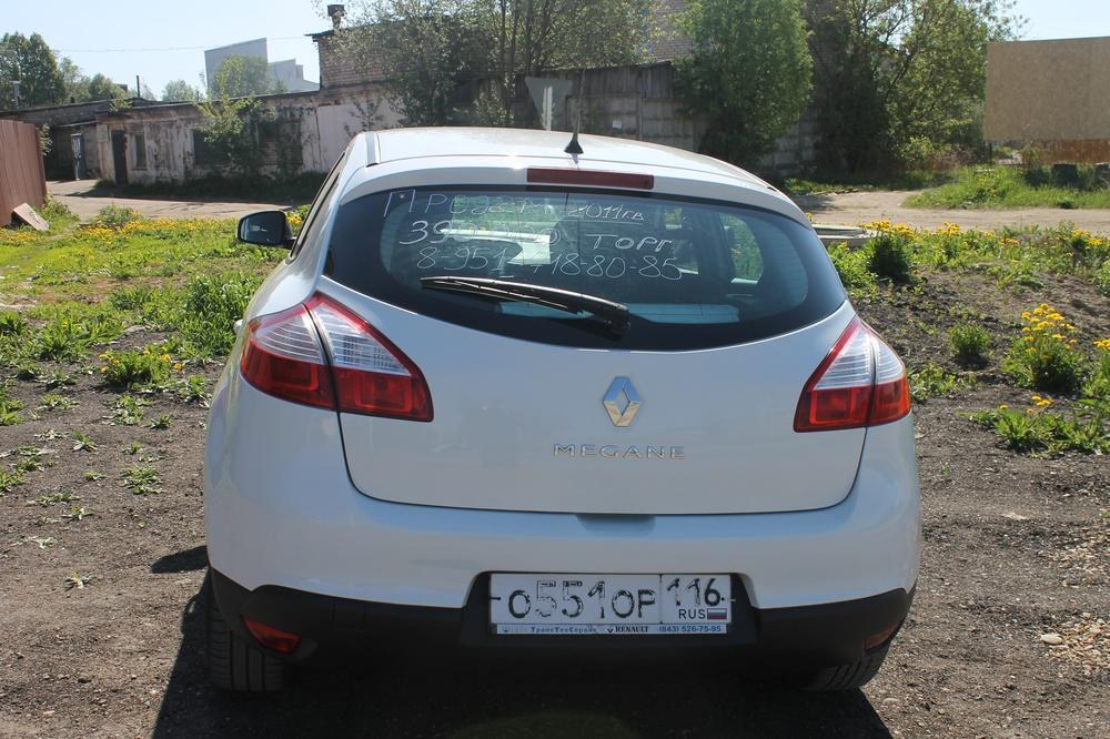 Подержанный Renault Megane, хорошее состояние, белый , 2011 года выпуска, цена 384 000 руб. в Смоленской области