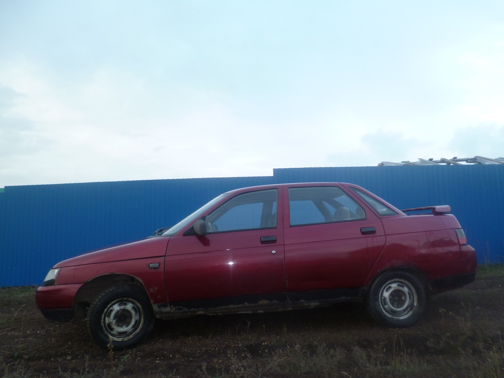Подержанный ВАЗ (Lada) 2110, среднее состояние, бордовый , 2001 года выпуска, цена 35 000 руб. в Челябинской области