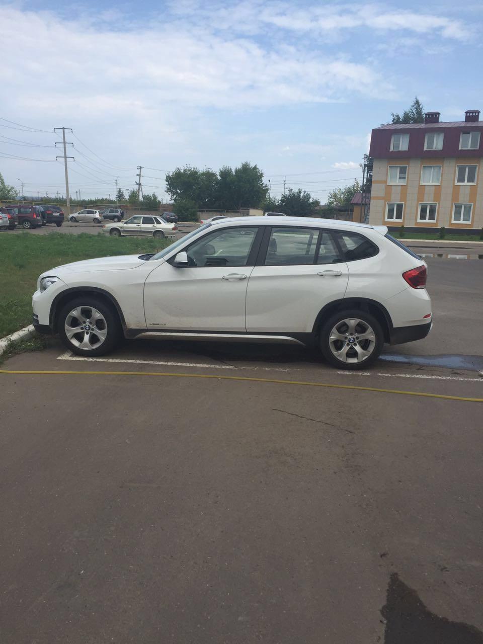 Подержанный BMW X1, отличное состояние, белый , 2012 года выпуска, цена 1 000 000 руб. в республике Татарстане