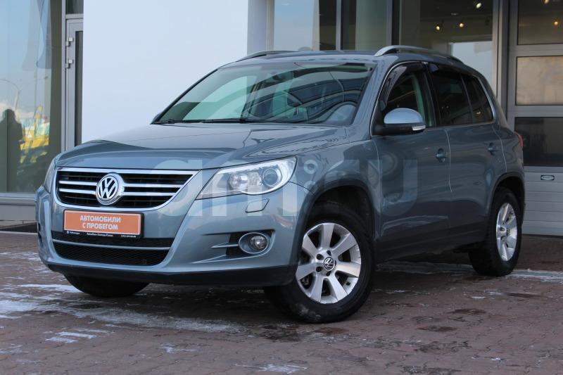 Volkswagen Tiguan с пробегом, серый , отличное состояние, 2009 года выпуска, цена 760 000 руб. в автосалоне  ()