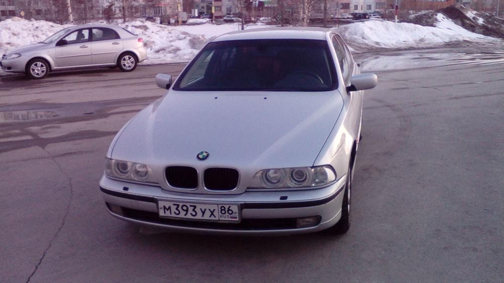 Подержанный BMW 5 серия, среднее состояние, серебряный , 2000 года выпуска, цена 260 000 руб. в ао. Ханты-Мансийском Автономном округе - Югре