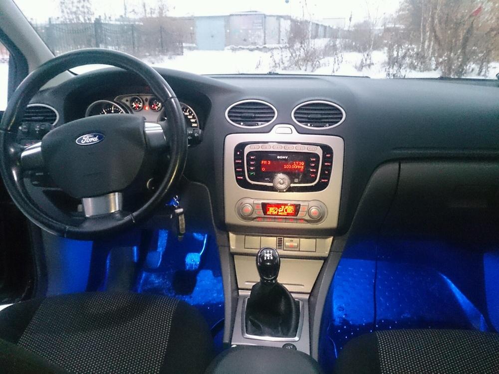 Подержанный Ford Focus, отличное состояние, черный металлик, 2010 года выпуска, цена 445 000 руб. в Челябинской области