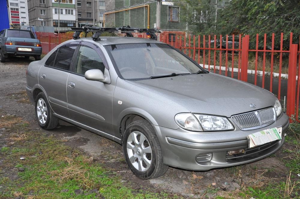 Подержанный Nissan Bluebird Sylphy, хорошее состояние, серебряный металлик, 2000 года выпуска, цена 280 000 руб. в Челябинской области