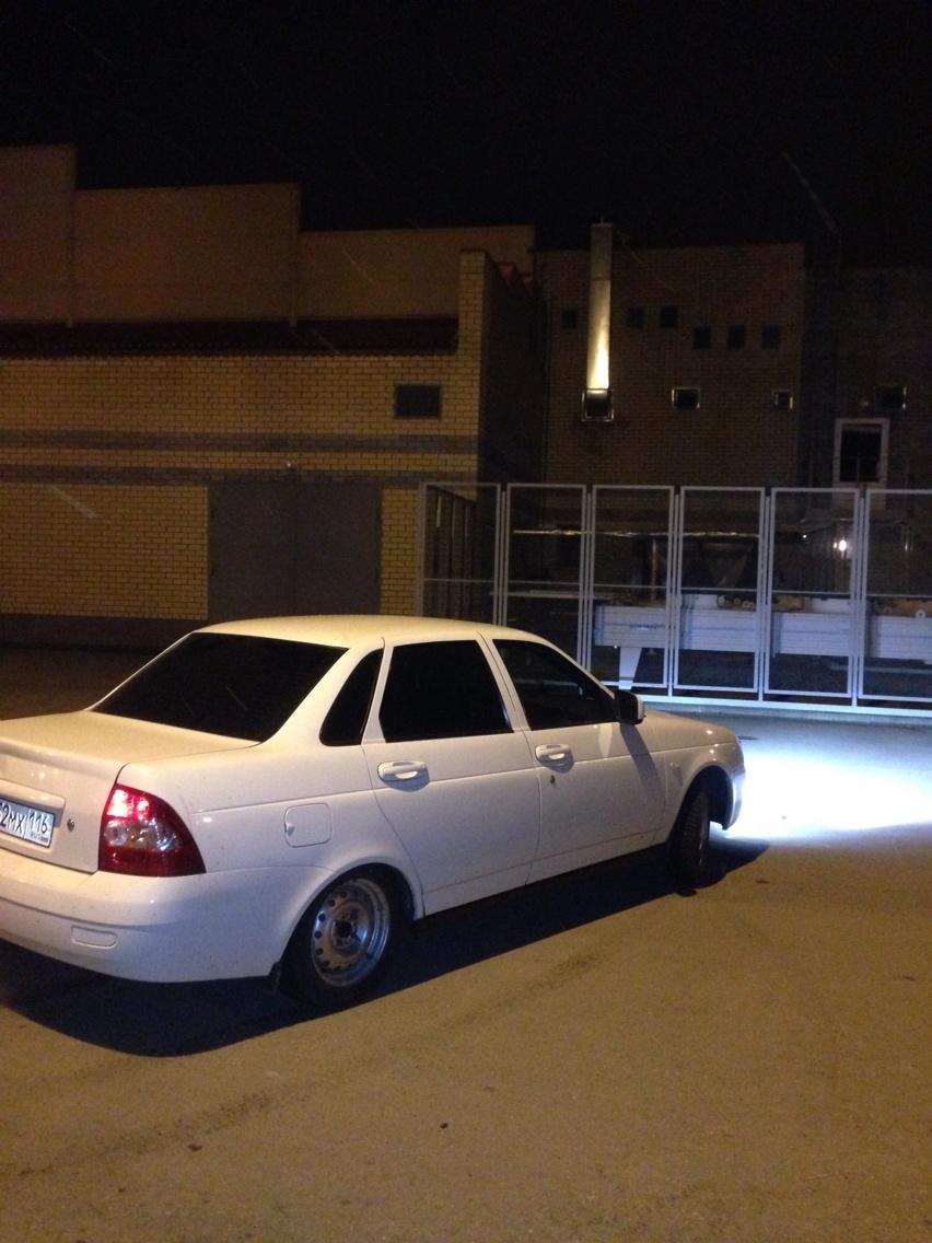 Подержанный ВАЗ (Lada) Priora, отличное состояние, белый , 2011 года выпуска, цена 223 000 руб. в республике Татарстане