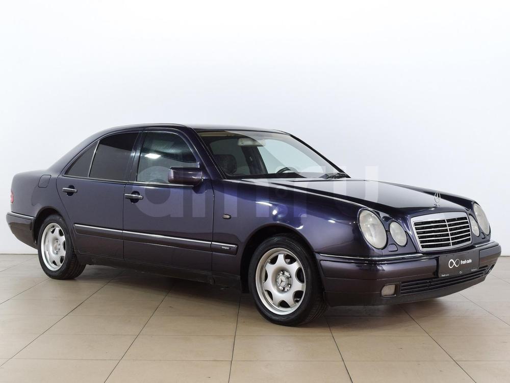 Mercedes-Benz E-Класс с пробегом, синий , отличное состояние, 1997 года выпуска, цена 249 000 руб. в автосалоне  ()