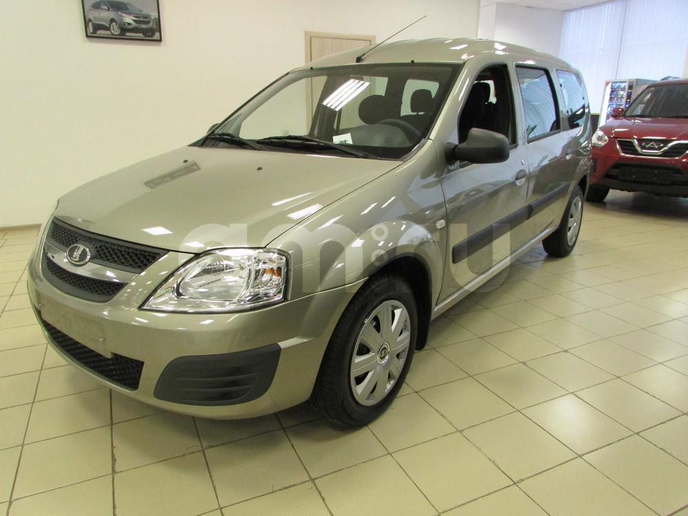 ВАЗ (Lada) Largus с пробегом, серебряный , отличное состояние, 2015 года выпуска, цена 590 000 руб. в автосалоне  ()