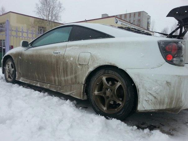 Подержанный Toyota Celica, хорошее состояние, белый , 2001 года выпуска, цена 300 000 руб. в ао. Ханты-Мансийском Автономном округе - Югре