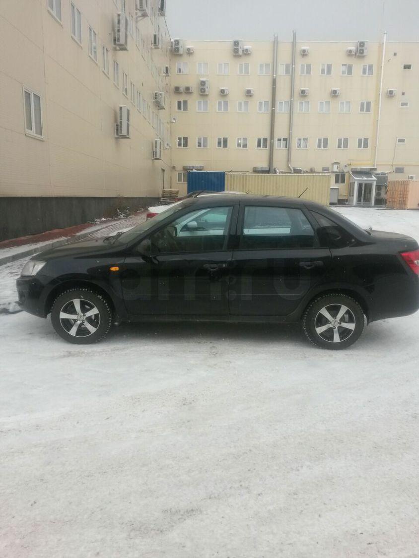 Подержанный ВАЗ (Lada) Granta, отличное состояние, черный , 2013 года выпуска, цена 280 000 руб. в республике Татарстане