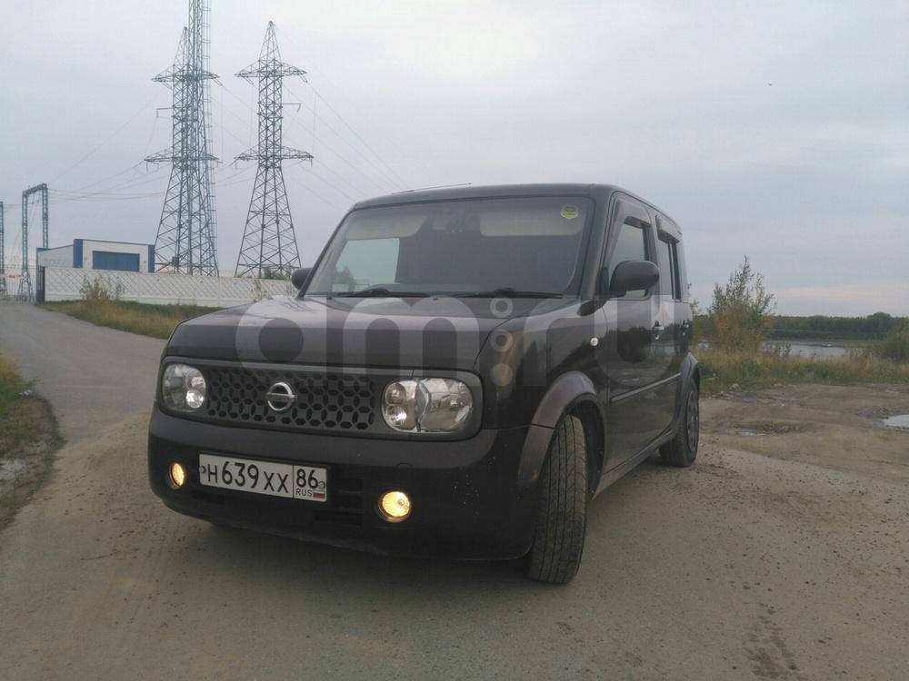 Подержанный Nissan Cube, хорошее состояние, бордовый , 2007 года выпуска, цена 320 000 руб. в ао. Ханты-Мансийском Автономном округе - Югре