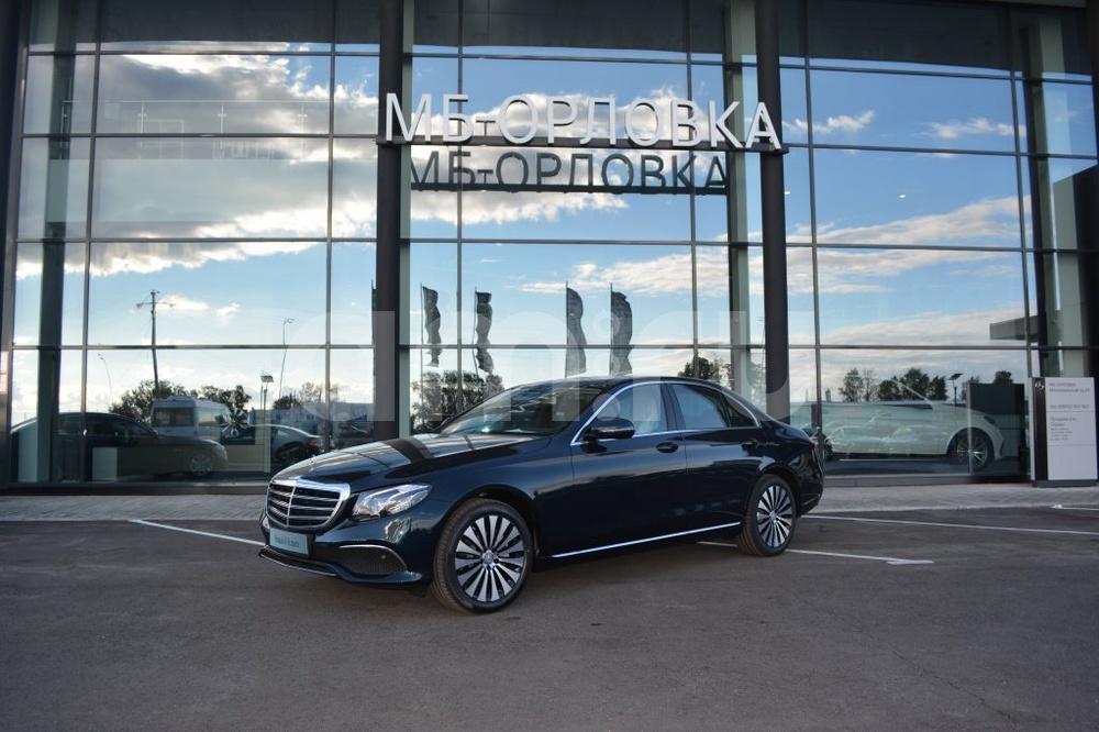 Новый авто Mercedes-Benz E-Класс, зеленый металлик, 2016 года выпуска, цена 3 607 000 руб. в автосалоне МБ-Орловка (Набережные Челны, тракт Мензелинский, д. 24)