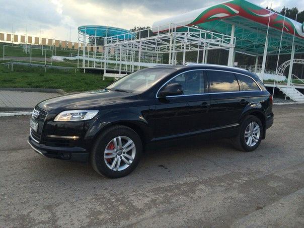 Подержанный Audi Q7, хорошее состояние, черный , 2008 года выпуска, цена 1 000 000 руб. в республике Татарстане