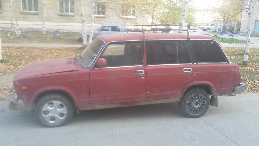Подержанный ВАЗ (Lada) 2104, плохое состояние, красный , 1996 года выпуска, цена 25 000 руб. в ао. Ханты-Мансийском Автономном округе - Югре